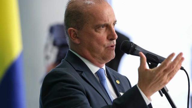 """""""Isso é caso superado"""", diz Onyx sobre novas mensagens de Bolsonaro"""