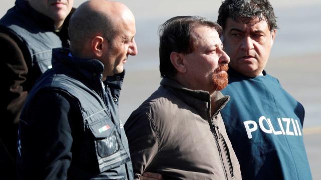 Não imaginava ser um terrorista, diz dono de pensão onde Battisti ficou