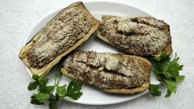 Aprenda a fazer uma deliciosa berinjela recheada