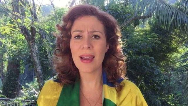 'Cristã e patriota', Carla Zambelli quer fazer a esquerda 'tremer'