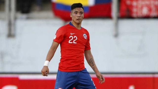 Jogador da seleção chilena chama venezuelano de 'morto de fome'
