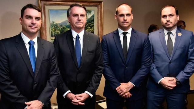 Família Bolsonaro adere a rede social de extrema-direita