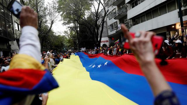 Entenda o que está acontecendo na Venezuela