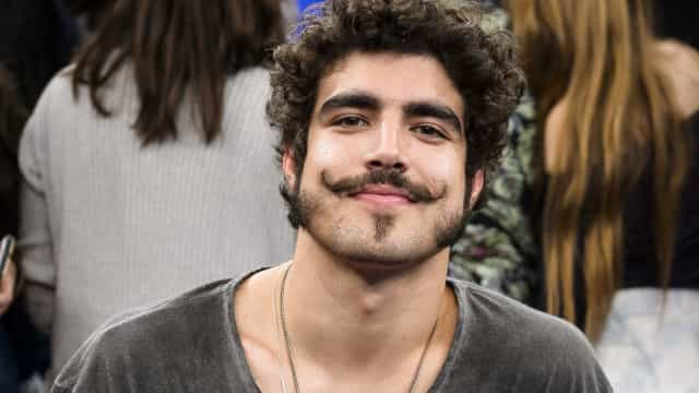 Caio Castro é pressionado a falar sobre Grazi Massafera no 'Se Joga'