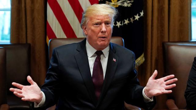 Senado barra propostas de Trump e democratas para reabrir governo