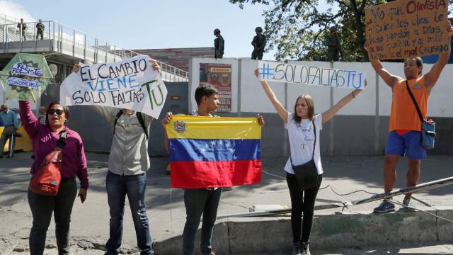 Venezuela: crise já tem 40 mortos e mais de 800 presos