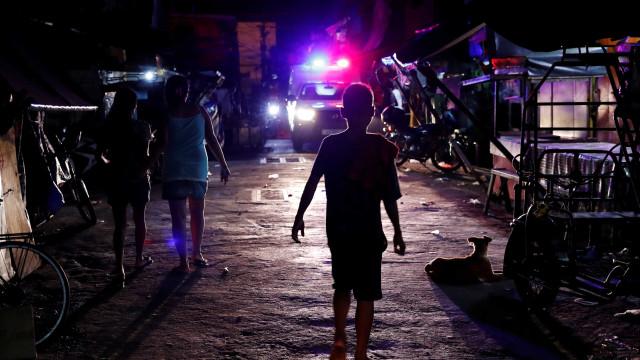 Itamaraty tenta contato com família de brasileiros nas Filipinas