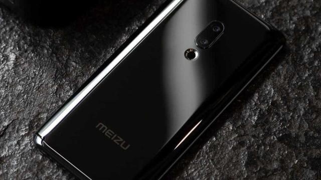 Empresa chinesa lança primeiro celular sem botões nem entradas de cabos
