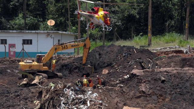 No 7º dia após desastre, esperança diminui e número de vítimas aumenta