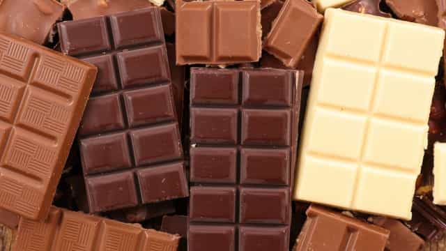 Pesquisa: chocolate amargo melhora circulação; branco e ao leite pioram