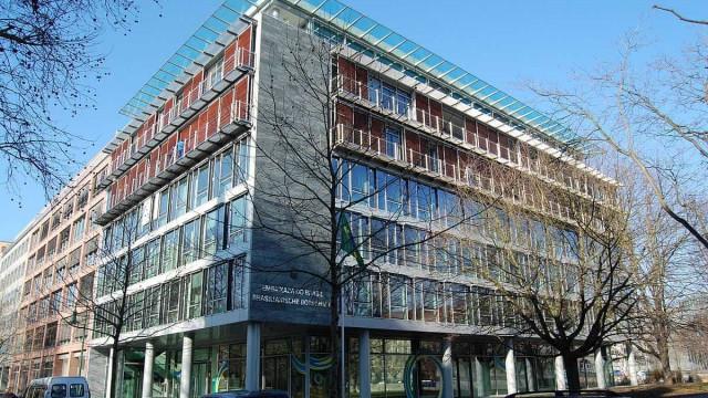 Embaixada do Brasil em Berlim é atacada durante a madrugada