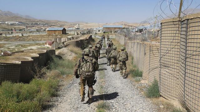Talibã ataca base do Exército no Afeganistão e mata 26 pessoas