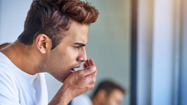 Tem mau hálito? Pode sofrer destas 9 condições (inclusive câncer)