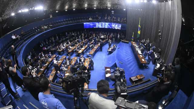 PEC que retira do governo poder sobre Orçamento deve ser votada hoje