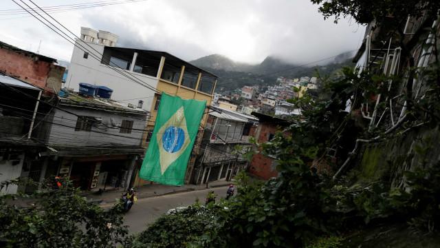 Filho relata tentativa de socorrer a mãe durante temporal no Rio
