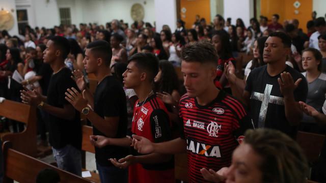 Quem são os jogadores que sobreviveram ao incêndio no CT do Flamengo