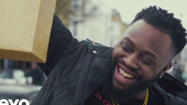 Rapper britânico morre em acidente de carro