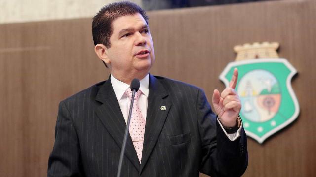 Cotado para presidir comissão da Previdência quer suspender Refis