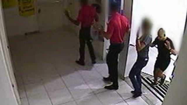 Adolescentes fazem 14 pessoas reféns durante assalto em loja de Goiânia
