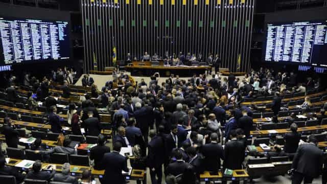 Saneamento: Plenário da Câmara aprova texto-base por 276 a 124