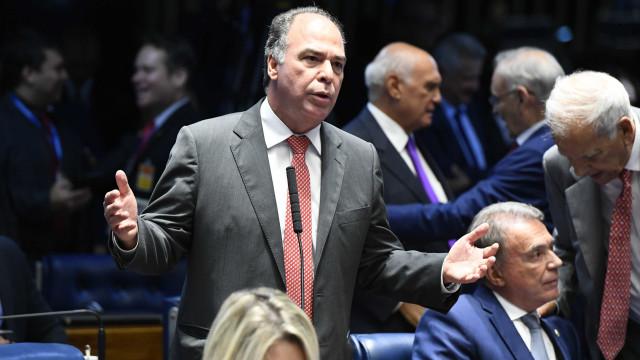 PF faz buscas em gabinete de Fernando Bezerra Coelho