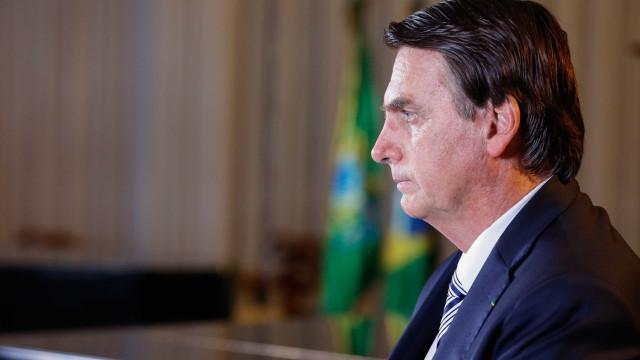 Bolsonaro posta vídeo obsceno e internautas o acusam de cometer crime