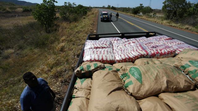 Ajuda humanitária do Brasil consegue entrar na Venezuela, diz Guaidó