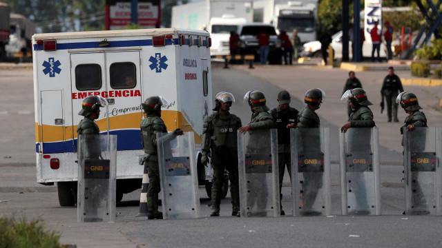 Hospital em Boa Vista atende 9 feridos em confrontos venezuelanos