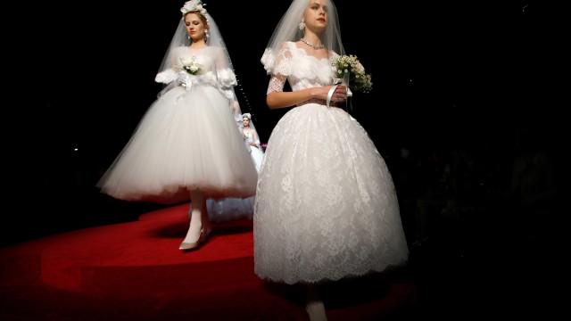 Dolce & Gabbana põe fim a circo de celebridades e retorna às origens