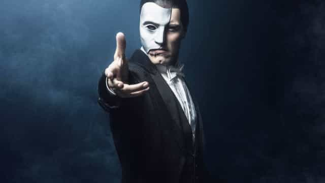 Artistas de 'O Fantasma da Ópera' denunciam abusos trabalhistas
