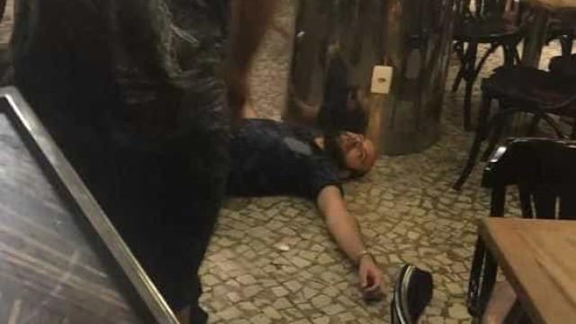 Empresário é preso suspeito de tentar estuprar jovem em bar no Rio