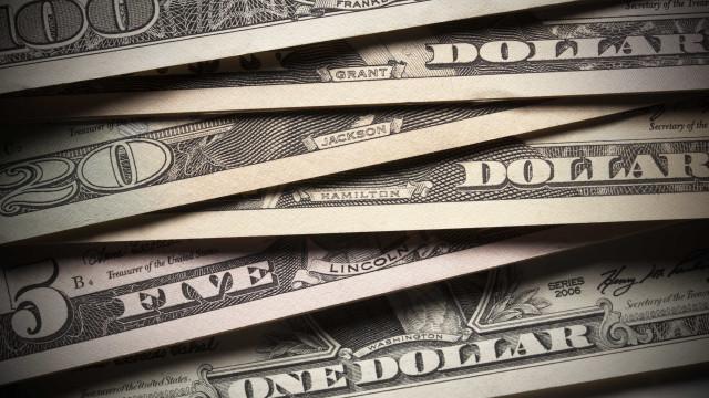 Dólar cai R$ 0,10 na semana e vai a R$ 4,1460