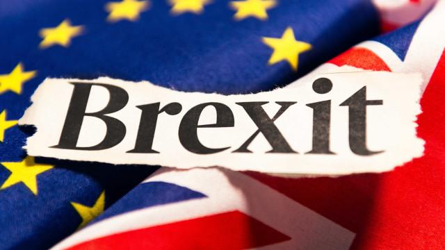 Reino Unido impõe novas barreiras para imigração pós-brexit