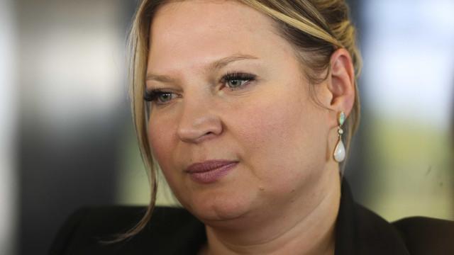 Joice Hasselmann diz que há 'time de fake news' no clã Bolsonaro