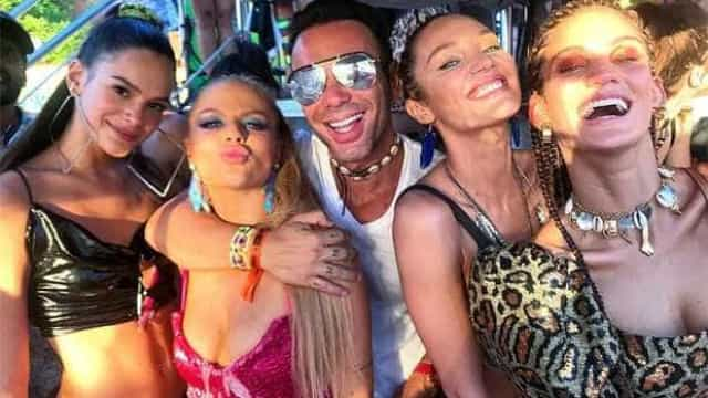 Bruna Marquezine e angel Candice Swanepoel aproveitam trio de Ivete