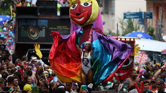Os destinos nacionais e internacionais mais procurados para o Carnaval
