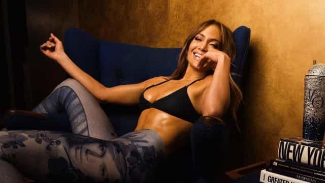 Jennifer Lopez muda radicalmente de visual
