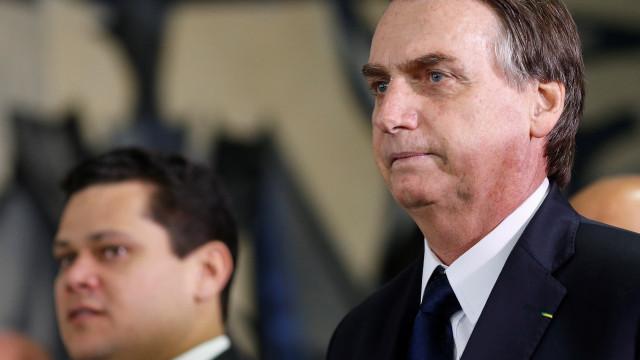 Bolsonaro nega que R$ 1 bi de emendas seja para ter apoio à Previdência