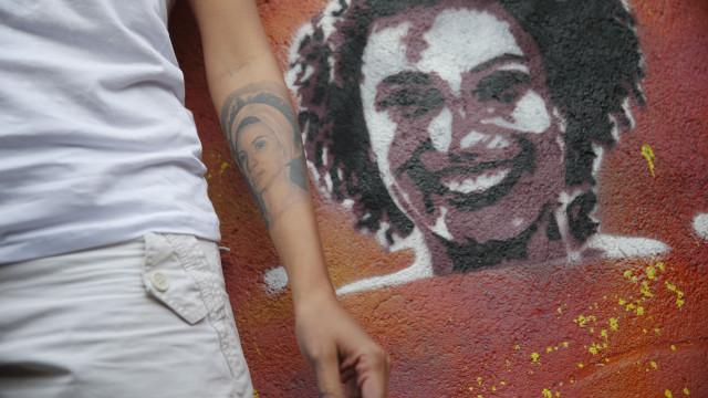 Roteiristas da série de ficção sobre Marielle Franco decidem deixar o projeto