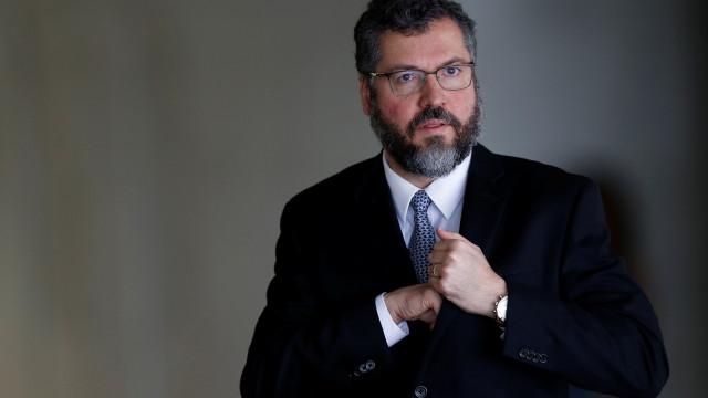 Filho de Vladimir Herzog pede renúncia imediata a Ernesto Araújo
