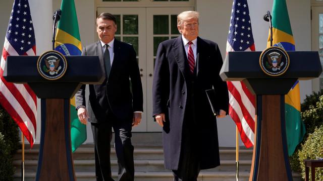 'Canal entre Bolsonaro e Trump é ficção', diz Rubens Ricupero