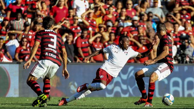 Fla vence o Flu e ambos se encaram na semi-final da Taça Rio