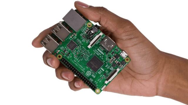 MiniPCs cabem na palma da mão, são potentes e custam desde R$ 56