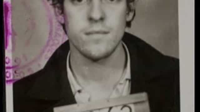 José de Abreu lembra foto de quando foi preso pela ditadura