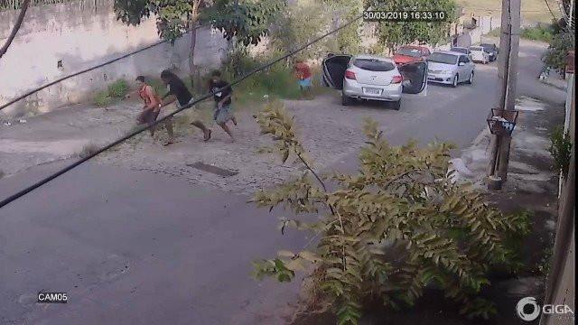 Motorista reage e surpreende assaltantes na Baixada Fluminense