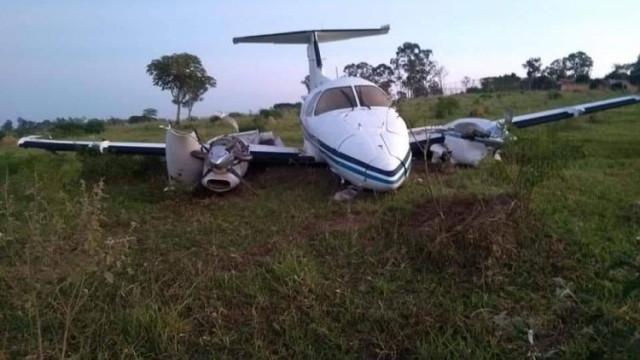 Avião faz pouso forçado em Campinas; ocupantes passam bem