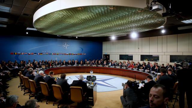 Pacto militar de França e Grécia contra Turquia ameaça a Otan