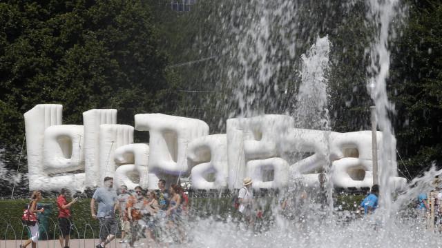 Morador de rua ganha R$ 50 por 12h de trabalho para o Lollapalooza