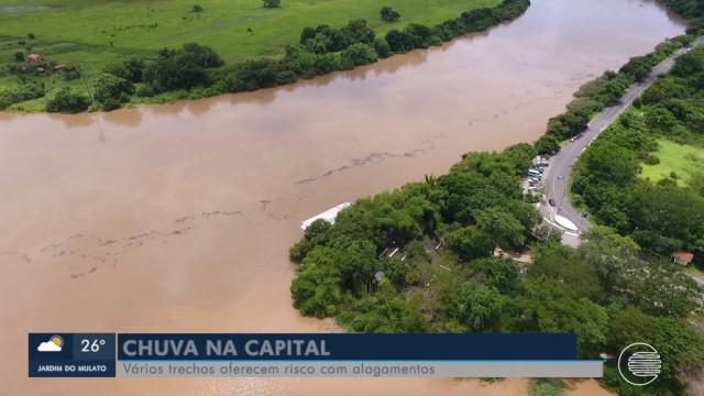 Prefeito decreta situação de emergência em Teresina após forte chuva