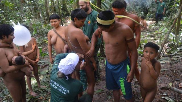 Funai localiza 34 índios isolados e reduz tensão na Amazônia